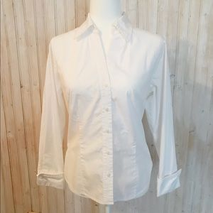 Worthington stretch button down blouse